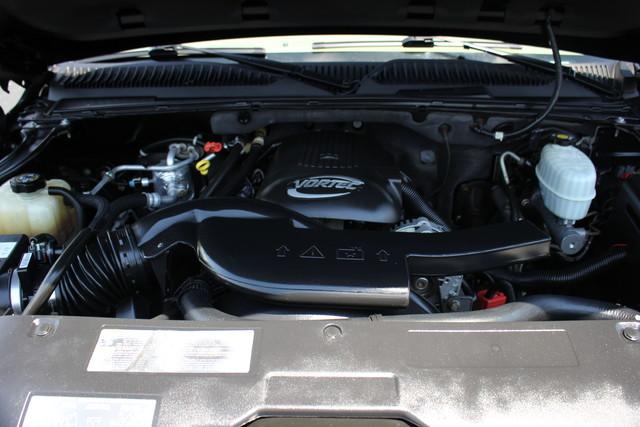 2004 Chevrolet Tahoe Z71 Mooresville , NC 32