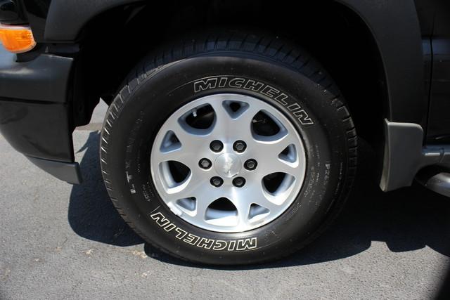 2004 Chevrolet Tahoe Z71 Mooresville , NC 9