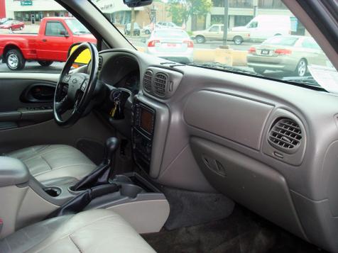 2004 Chevrolet TrailBlazer LT | Nashville, Tennessee | Auto Mart Used Cars Inc. in Nashville, Tennessee