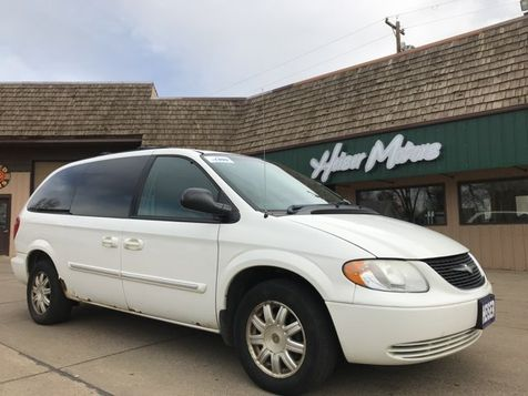 2004 Chrysler Town & Country Touring in Dickinson, ND