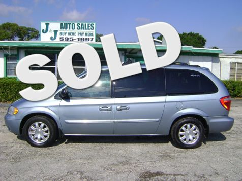 2004 Chrysler Town & Country Touring in Fort Pierce, FL