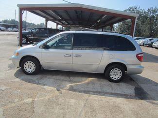 2004 Chrysler Town & Country LX Houston, Mississippi 2