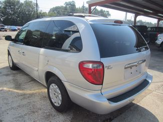 2004 Chrysler Town & Country LX Houston, Mississippi 4