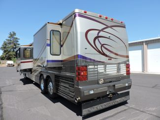 2004 Country Coach Magna 42 Bend, Oregon 4