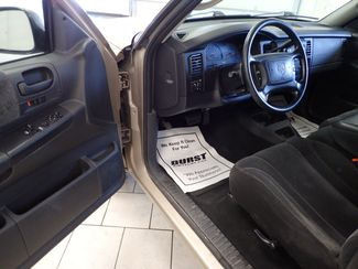 2004 Dodge Dakota SLT Lincoln, Nebraska 4