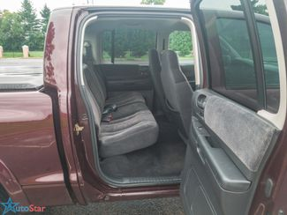 2004 Dodge Dakota SLT 4WD Maple Grove, Minnesota 27
