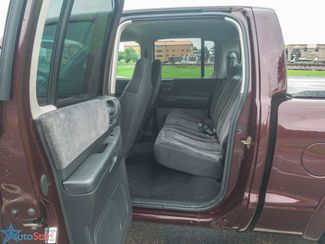 2004 Dodge Dakota SLT 4WD Maple Grove, Minnesota 26