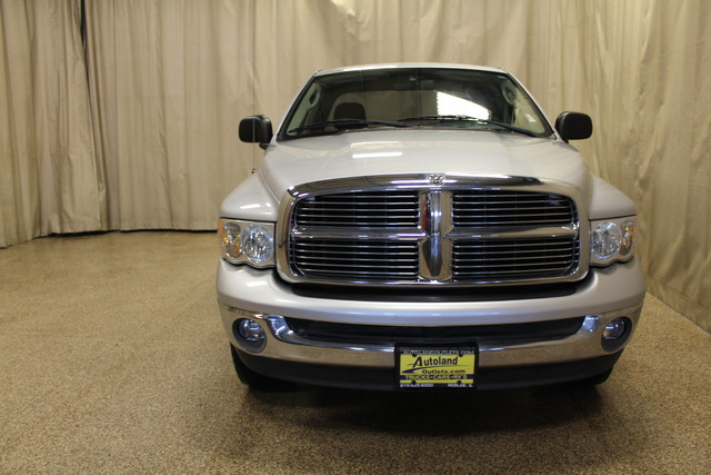 2004 Dodge Ram 1500 SLT Roscoe, Illinois 4