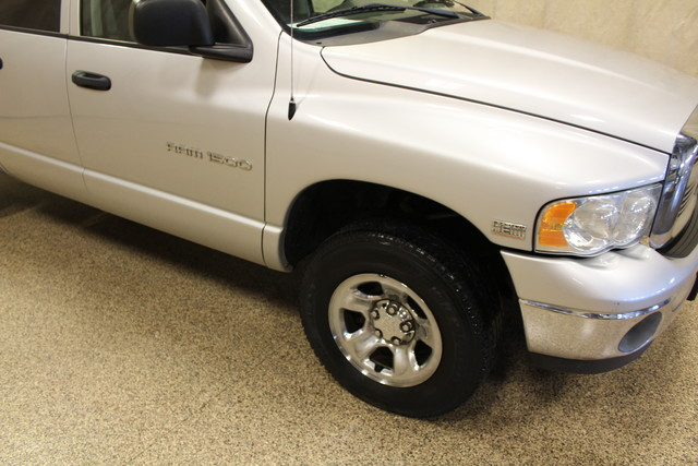 2004 Dodge Ram 1500 SLT Roscoe, Illinois 5