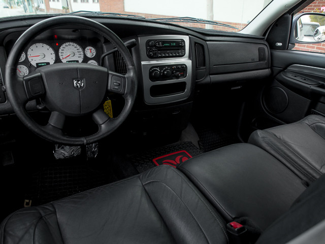 2004 Dodge Ram 3500 LARAMIE DUALLY Burbank, CA 8