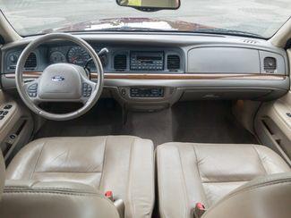 2004 Ford Crown Victoria LX Maple Grove, Minnesota 30