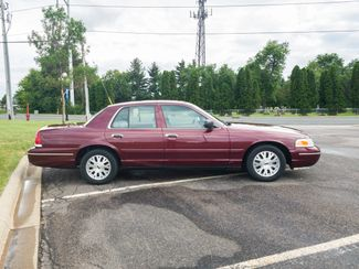 2004 Ford Crown Victoria LX Maple Grove, Minnesota 7