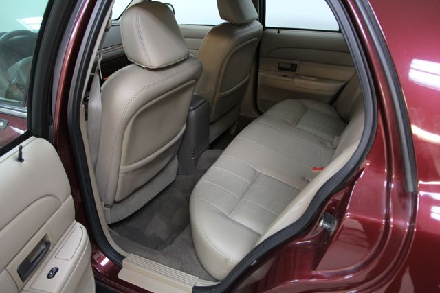 2004 Ford Crown Victoria LX Richmond, Virginia 9