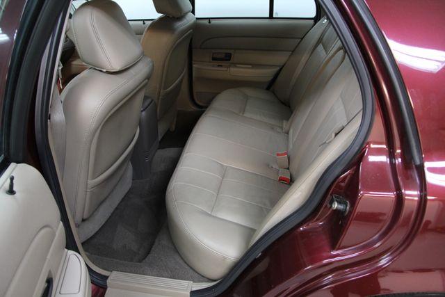 2004 Ford Crown Victoria LX Richmond, Virginia 10