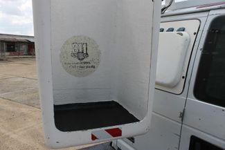 2004 Ford Econoline Cargo Van BUCKET Memphis, Tennessee 27