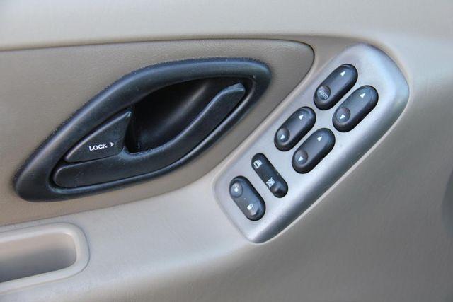 2004 Ford Escape Limited Santa Clarita, CA 21