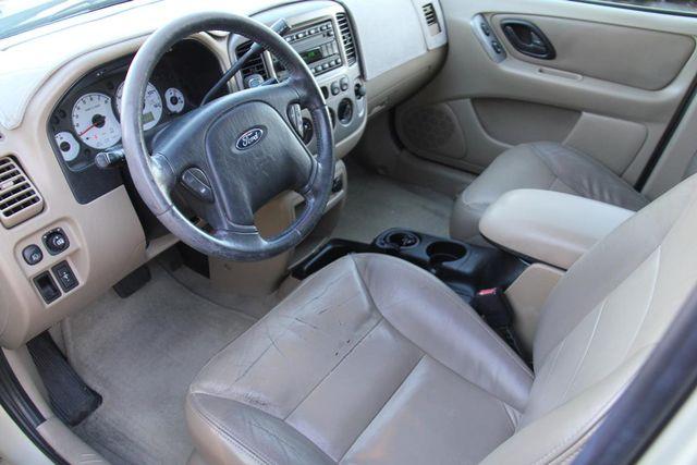 2004 Ford Escape Limited Santa Clarita, CA 7