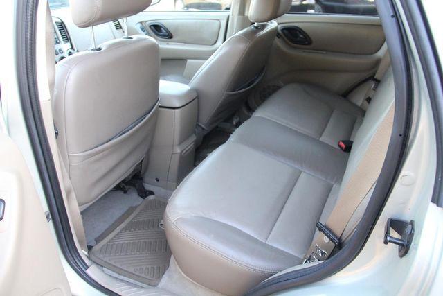 2004 Ford Escape Limited Santa Clarita, CA 14