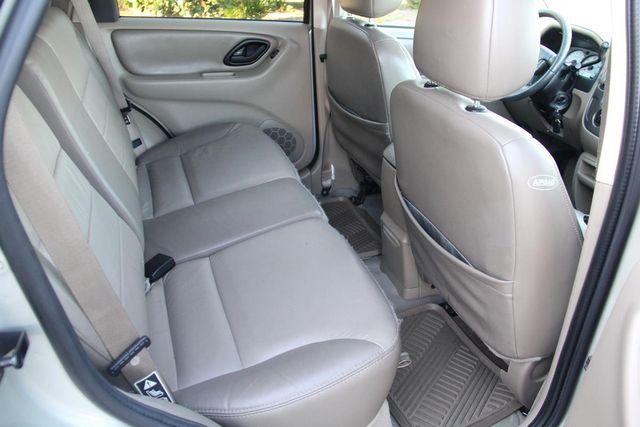 2004 Ford Escape Limited Santa Clarita, CA 15