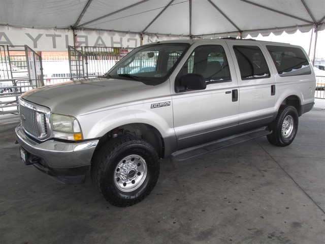 2004 Ford Excursion XLT This particular Vehicle comes with 3rd Row Seat Please call or e-mail to