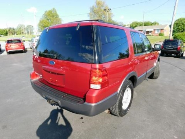 2004 Ford Expedition XLT Ephrata, PA 3