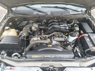 2004 Ford Explorer XLT Maple Grove, Minnesota 5