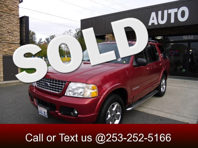 2004 Ford Explorer Limited 4WD Ford Explorer is the modern American station wagon Though quite cap