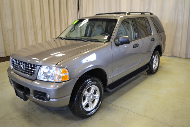 2004 Ford Explorer XLT Roscoe, Illinois 2