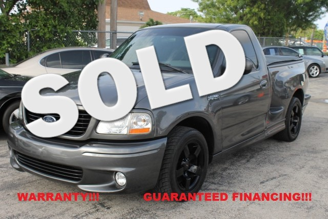 2004 Ford F-150 Heritage Lightning  WARRANTY 3 OWNERS FLORIDA VEHICLE  This 2004 ford F15