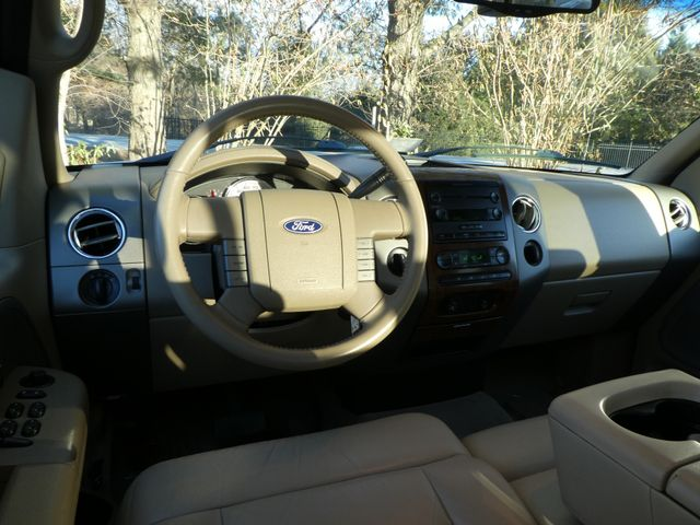 2004 Ford F-150 Lariat Leesburg, Virginia 15