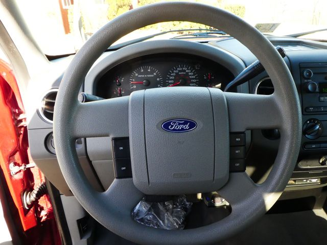 2004 Ford F-150 XLT Leesburg, Virginia 15