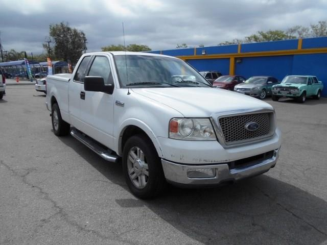 2004 Ford F-150 Lariat Limited warranty included to assure your worry-free purchase AutoCheck rep