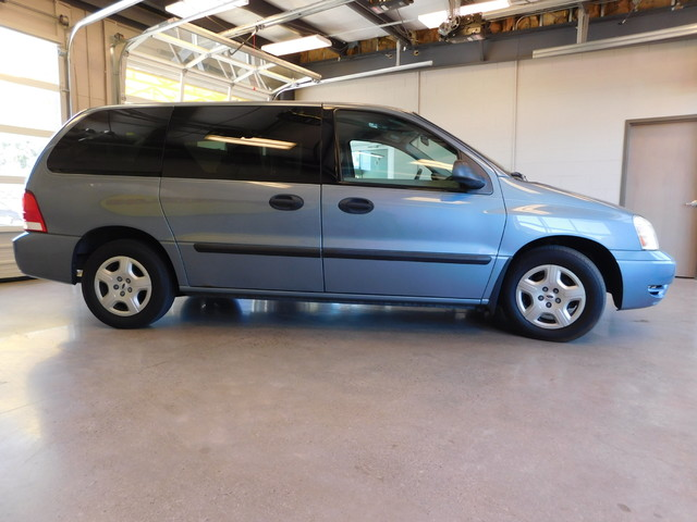 2004 Ford Freestar Wagon S  city TN  Doug Justus Auto Center Inc  in Airport Motor Mile ( Metro Knoxville ), TN