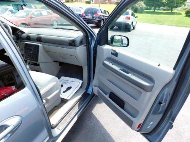 2004 Ford Freestar Wagon SES Ephrata, PA 21