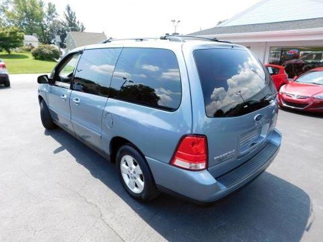 2004 Ford Freestar Wagon SES Ephrata, PA 5