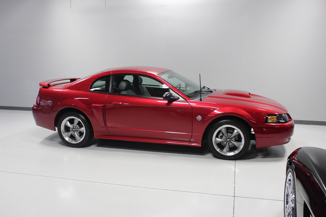 2004 Ford Mustang GT Premium Merrillville, Indiana 39