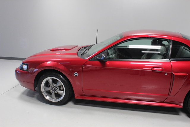 2004 Ford Mustang GT Premium Merrillville, Indiana 28