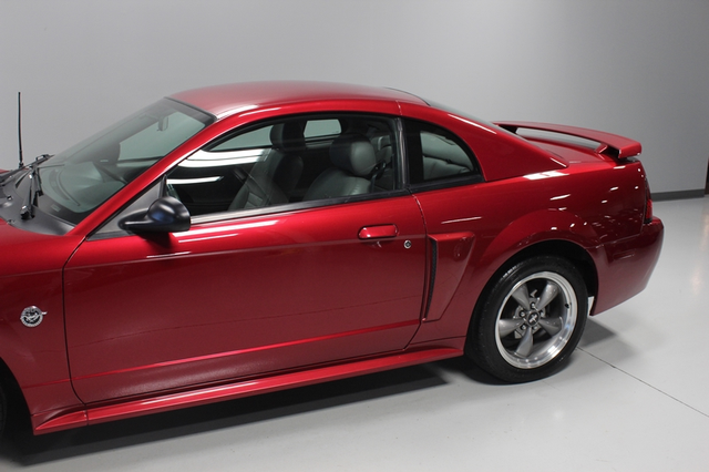 2004 Ford Mustang GT Premium Merrillville, Indiana 29