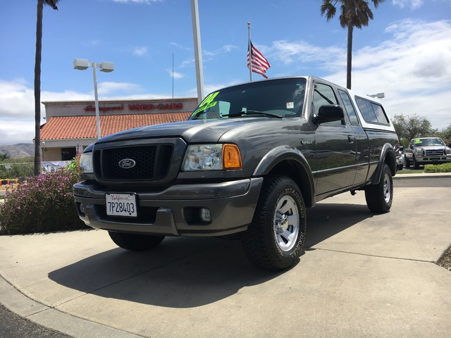 2004 Ford Ranger Edge Youll enjoy the benefits of good gas mileage and a smooth ride with this V6