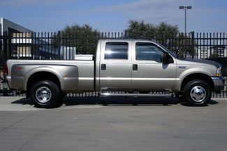 2004 Ford Super Duty F-350 DRW Lariat * 1-OWNER * 4x4 * Diesel * RECORDS * FX4 Plano, Texas 2