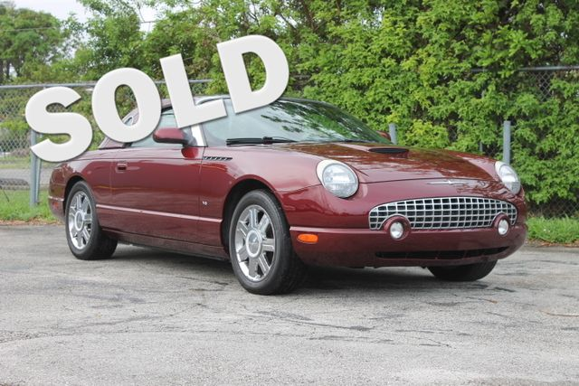 2004 Ford Thunderbird Deluxe  WARRANTY CARFAX CERTIFIED 7 SERVICE RECORDS FLORIDA VEHICLE T