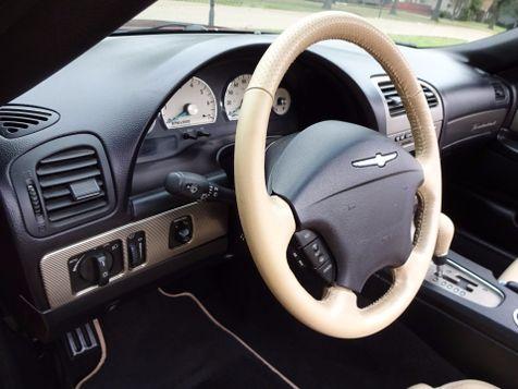 2004 Ford Thunderbird Deluxe | Marion, Arkansas | King Motor Company in Marion, Arkansas