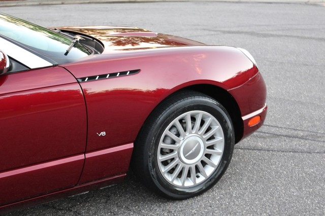 2004 Ford Thunderbird Deluxe Mooresville, North Carolina 64