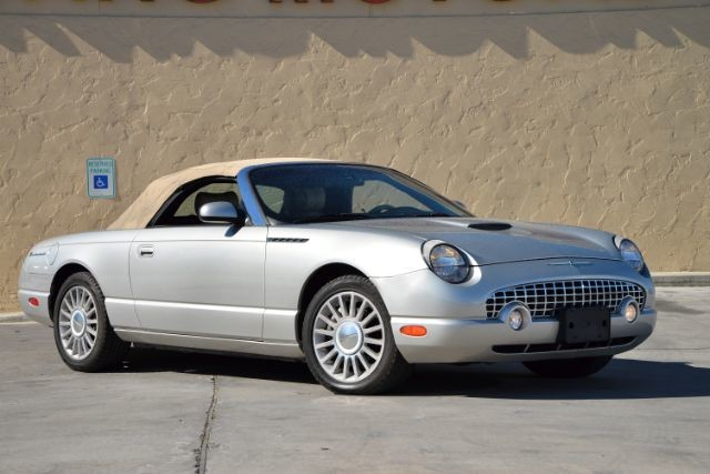 2004 Ford Thunderbird BASE San Antonio , Texas 0