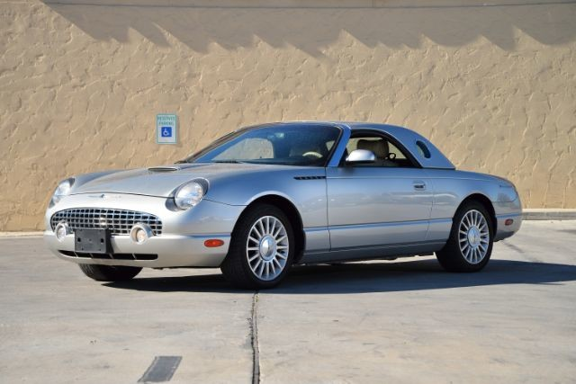 2004 Ford Thunderbird BASE San Antonio , Texas 3
