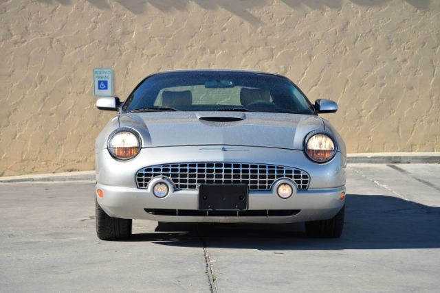 2004 Ford Thunderbird BASE San Antonio , Texas 5