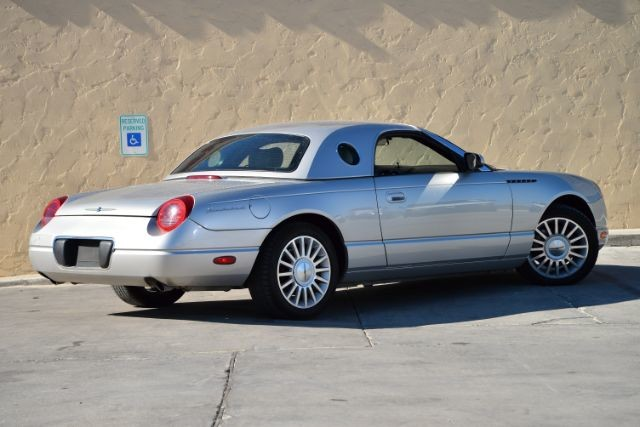 2004 Ford Thunderbird BASE San Antonio , Texas 7