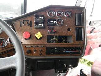2004 Freightliner Classic XL Ravenna, MI 16