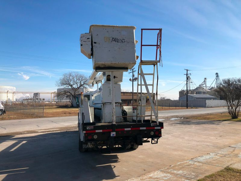 2004 Freightliner FL80 DOUBLE ELEVATOR BUCKET TRUCK   city TX  North Texas Equipment  in Fort Worth, TX