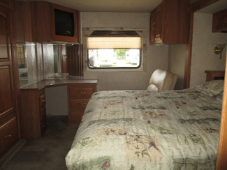 2004 Georgie Boy Cruise Master 3640 TS  city Florida  RV World of Hudson Inc  in Hudson, Florida